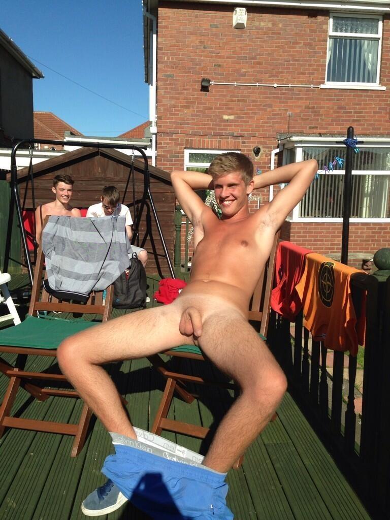 Nude girl fucks black dick