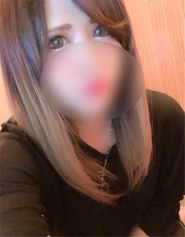 FC2 PPV 1398684 【顔出し・NTR】 生ハメされながら電話『タクヤごめん...