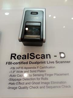 Escaner de huellas dactilares Suprema RealScan D