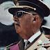 """""""Haga como yo, no se meta en política"""" (Francisco Franco). Hace 40 años del 20-N"""