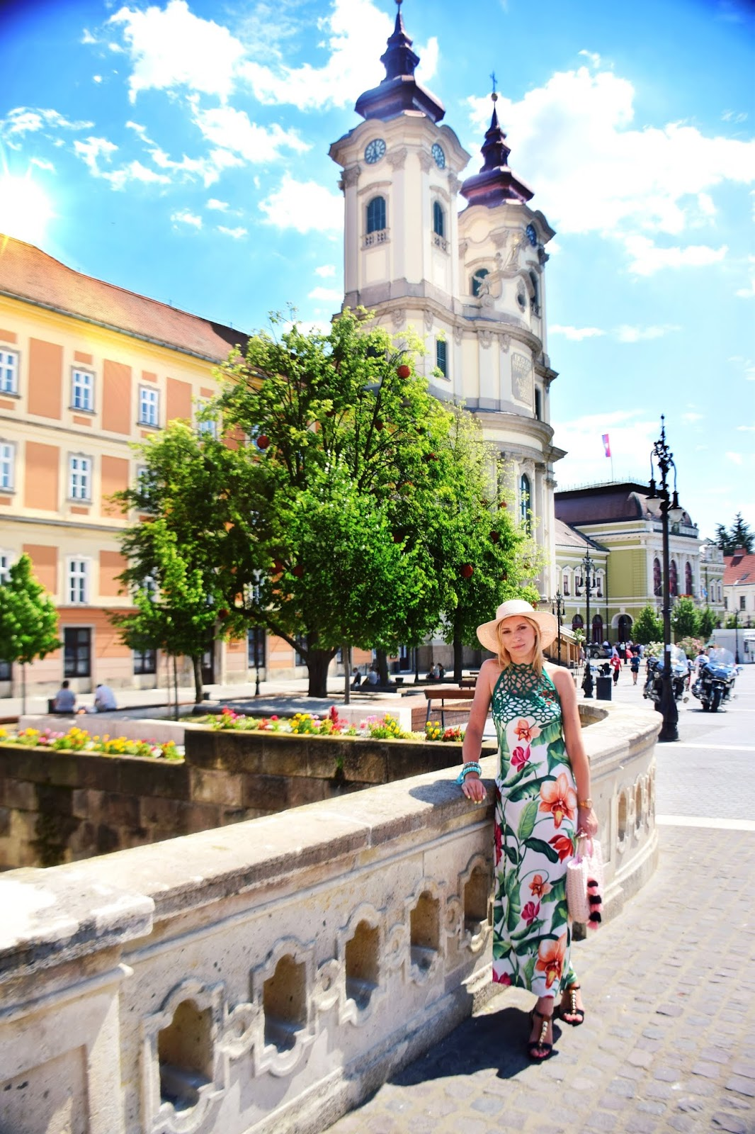 sukienka_w_kwiaty_maxi_blog_blogerka