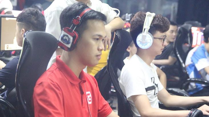 [AoE] 13h ngày 13/6: Chim Sẻ Đi Nắng – No1 vs Shenlong – Chipboy: Liệu ''tù trưởng'' có trả được món nợ cho người đồng đội cũ ?