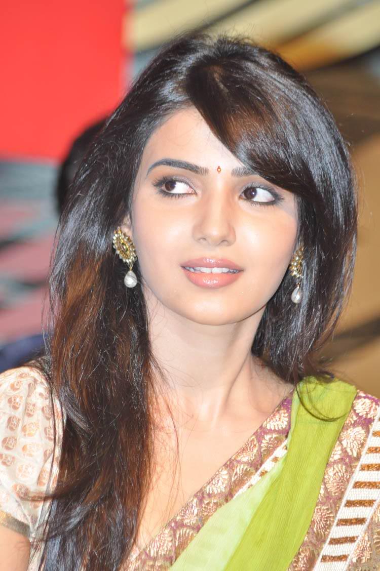 Samantha In Saree: Cinemahub: Samantha Latest Photos