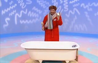 Mr Noodle gets soap, a towel and a bath brush this time. Sesame Street Elmo's World Bath Time The Noodle Family