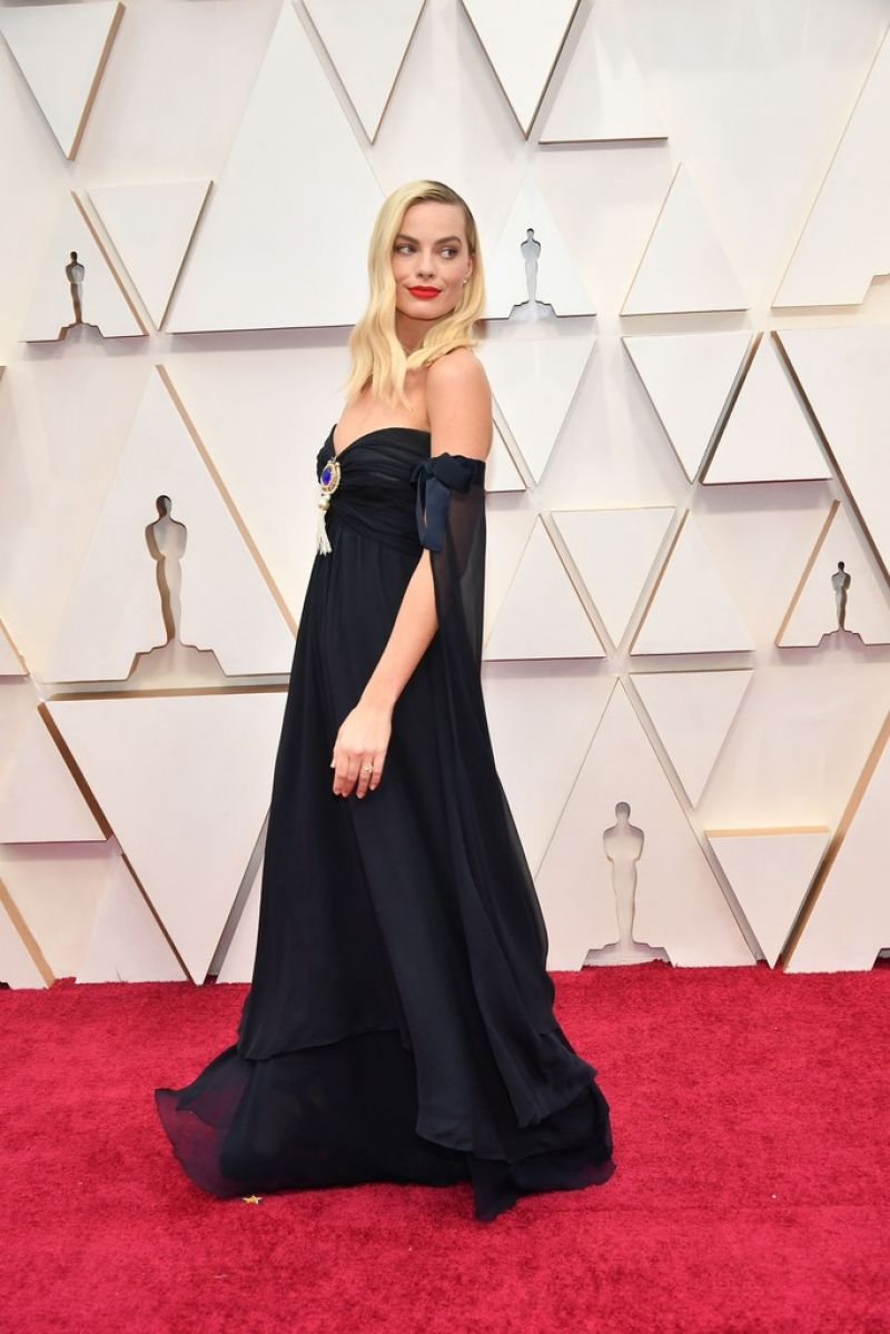Margot Robbie - Oscars 2020 Red Carpet - 92nd Annual Academy Awards in Los Angeles