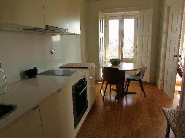 cozinha de apartamento turístico
