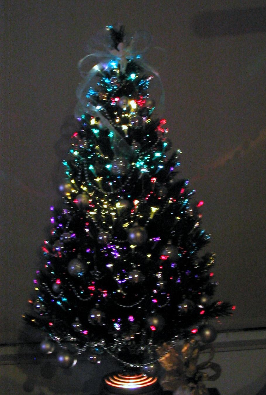 A Beader's Blog: Fiber Optics - Tiny Tree but Amazing Lights!