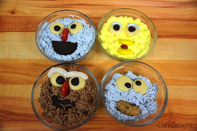 מוישה אופניק, ציפורת, עוגיפלצת, כרובי grover cookie monster big bird