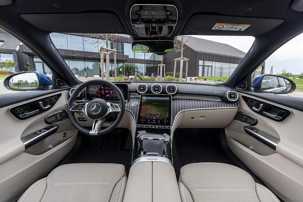 Novo Mercedes-Benz Classe C 300 2022 - interior