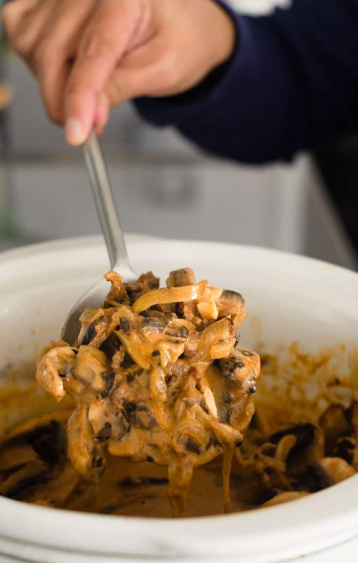 Easy, simple and delicious beef stroganoff