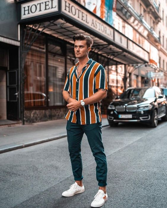 Men's Vertical Stripe Shirt