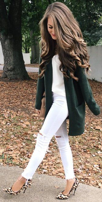 outfit of the day | green cardigan + top + white rips + bag + animal print heels