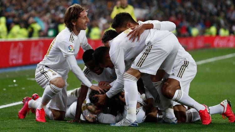 Real Madrid Hadapi 11 Final Kejar Barcelona