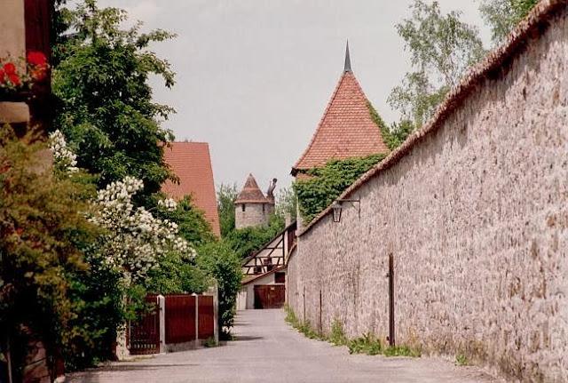 El pueblo de Dinkelsbühl en Alemania