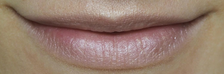 Minimalistische Lippenstift-Kombination