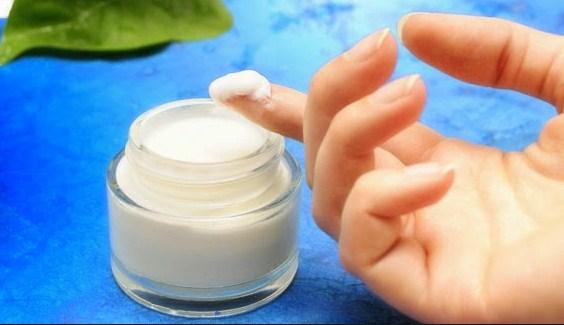 Ciri-Ciri Cream Pemutih Wajah Berbahaya Yang Wajib Anda Ketahui