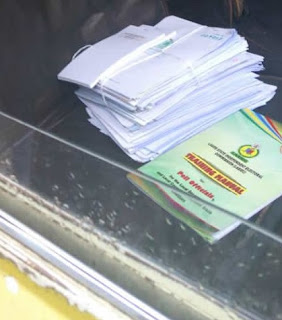 Lagos LG Poll Update: Oppositions Kick As Ballot Papers Found In Danfo Bus At Agege