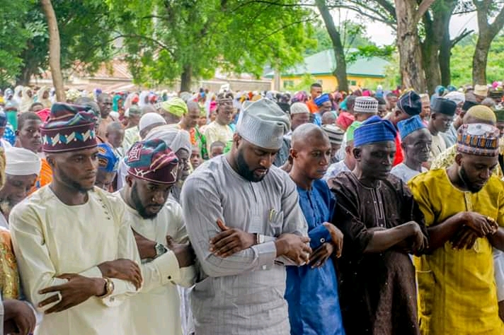 Oyo State Speaker Rt Hon Ogundoyin Adebo Celebrates Eid Al Adha With His Home Town People in Eruwa also Prays With Them See Photos
