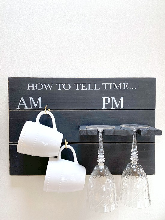 Pallet wood mug and glass holder sign