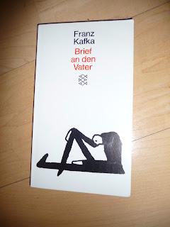 http://samtpfotenmitkrallen.blogspot.ch/2012/03/lese-ich-gerade.html