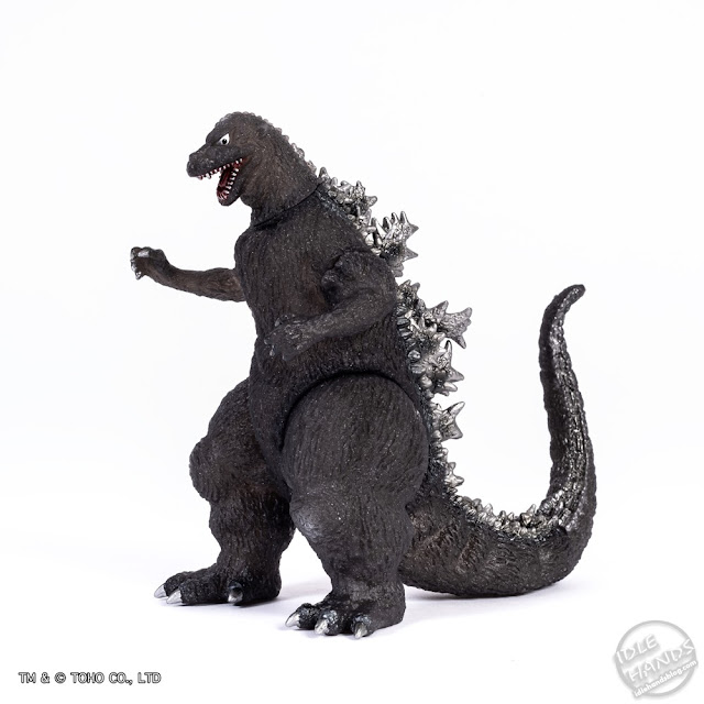 SDCC 2019 Bandai 65th Anniversary 1954 Godzilla Deluxe Vinyl Figure 001