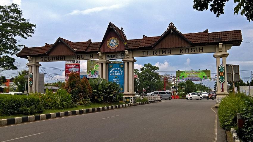 Gerbang selamat datang Pontianak