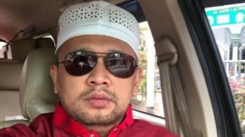 Fadjroel Rachman Pamit, Gus Umar: Kapan Ngabalin Nyusul Biar Keributan di Negeri Ini Berkurang