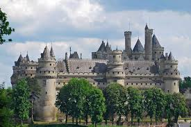BIGGEST Castles On Earth | largest palace in the world