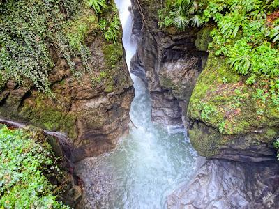 Travel blog Viaggynfo - Orrido di Bellano