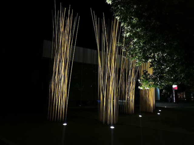 Canberra Public Art | Dancers on a Lakefront by Konstantin Dimopoulos in Belconnen
