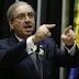 Ministro determina afastamento de Cunha do mandato de deputado