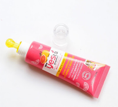 https://www.asos.com/us/yes-to/yes-to-grapefruit-vitamin-c-brightening-booster/prd/12022360?clr=&colourWayId=16359207&SearchQuery=&cid=18622