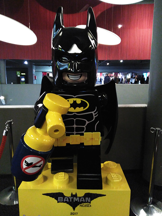 Lego-Batman-Repelente-tiburones