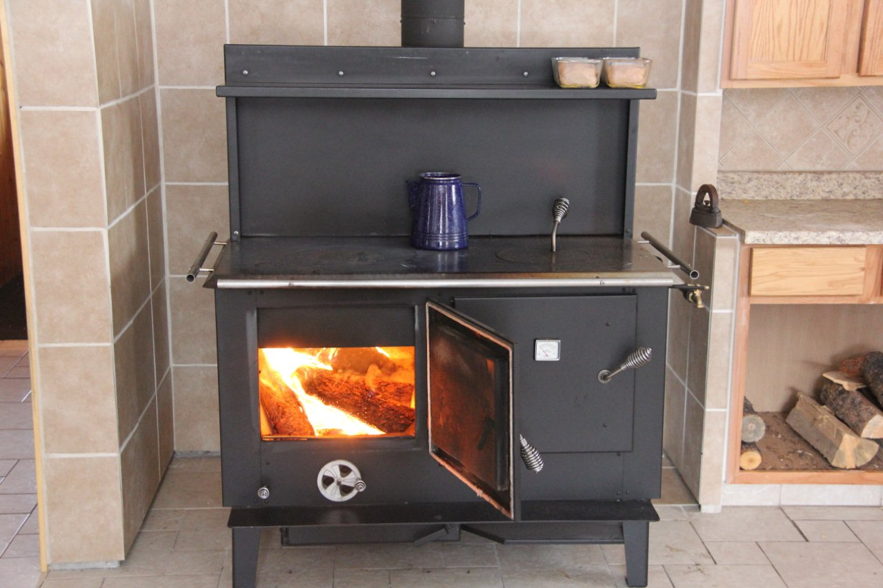 Wood Stove Kitchen Range