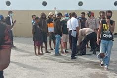 Polisi Berhasil Amankan Puluhan Minuman Berakohol Dipelabuhan Pomako Timika