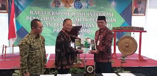 Sekda Provinsi Jambi Membuka Secara Resmi Rapat Ekspose Hasil Integrasi Penyiapan Data Lahan Pertanian Pangan Berkelanjutan (LP2B).