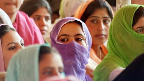 Döbbenetes tragédia: belehalt sérüléseibe az a 23 éves nő, akit megerőszakoltak, majd felgyújtottak Indiában