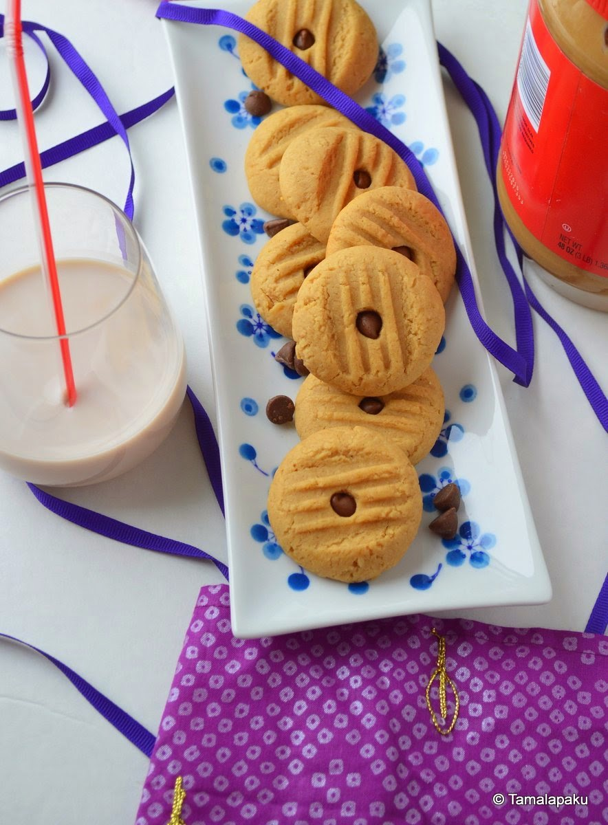 Vegan Low Fat Peanut Butter Cookies