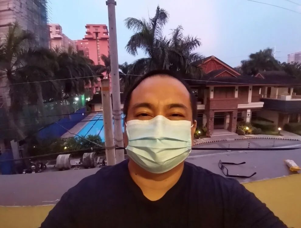 Huawei MatePad Camera Sample - Night, Selfie