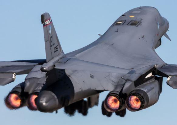Boeing B-1B Lancer specs