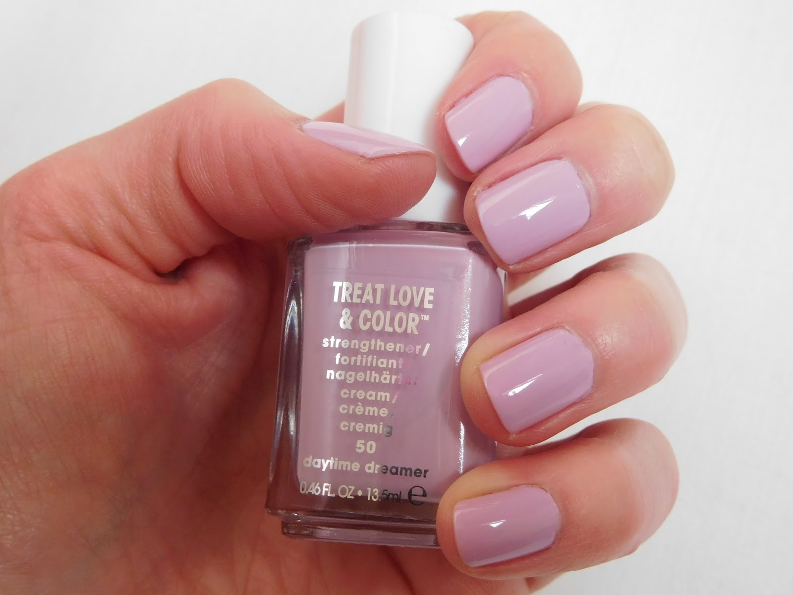 Essie Treat Love and Colour Nail Polish in Daytime Dreamer and ...
