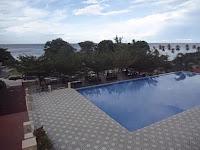 Pemandangan Pantai Dari Atas Bukit Di Mata Ie Resort