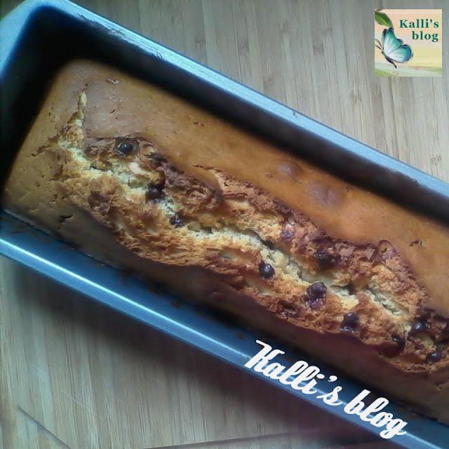 Κέικ Μήλου Κανέλλας και Κομματάκια Σοκολάτας