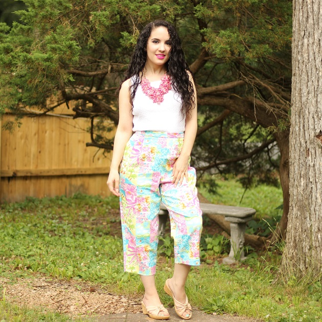 Tropical Print Cropped Pants