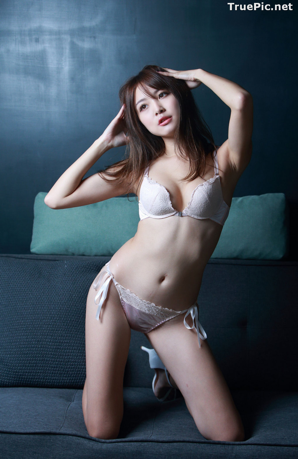 Image Taiwanese Model - Ash Ley - Sexy Girl and White Lingerie - TruePic.net - Picture-7
