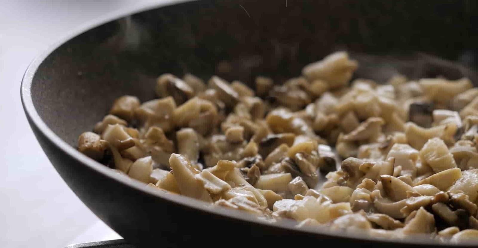 mushroom-on-risotto