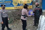 PPKM Level 2, Satsamapta Polres Serang Salurkan 100 Paket Sembako kepada Warga Terdampak Covid-19