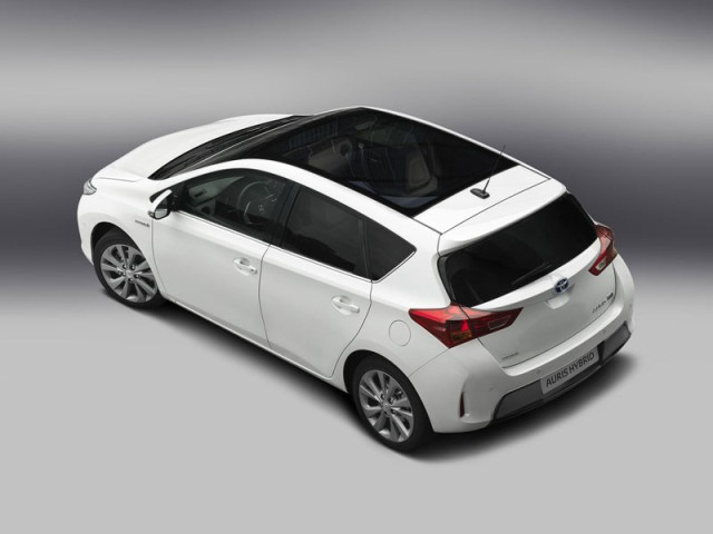 2013 Toyota Auris - 2017/2018 Price and Reviews