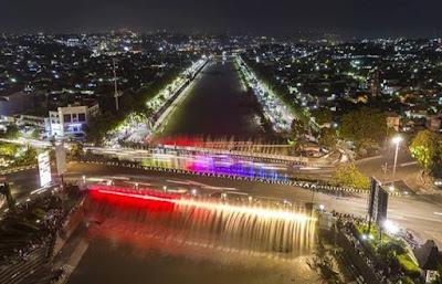 air mancur menari semarangWisata semarang 5 Tempat Wisata Malam di Semarang yang Keren Abis. Nomor 3 Satu-satunya di Indonesia!