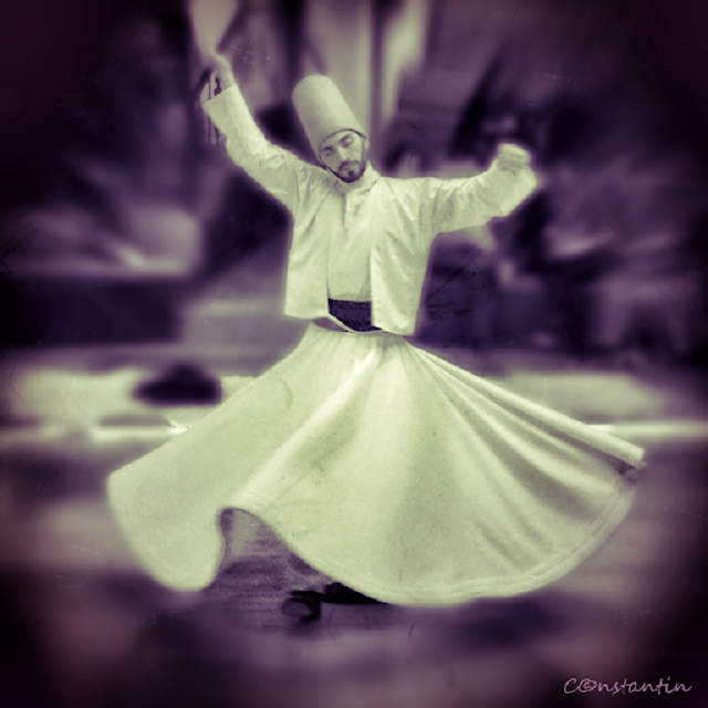 Dansul dervişilor rotitori (sema)-blog-FOTO-IDEEA